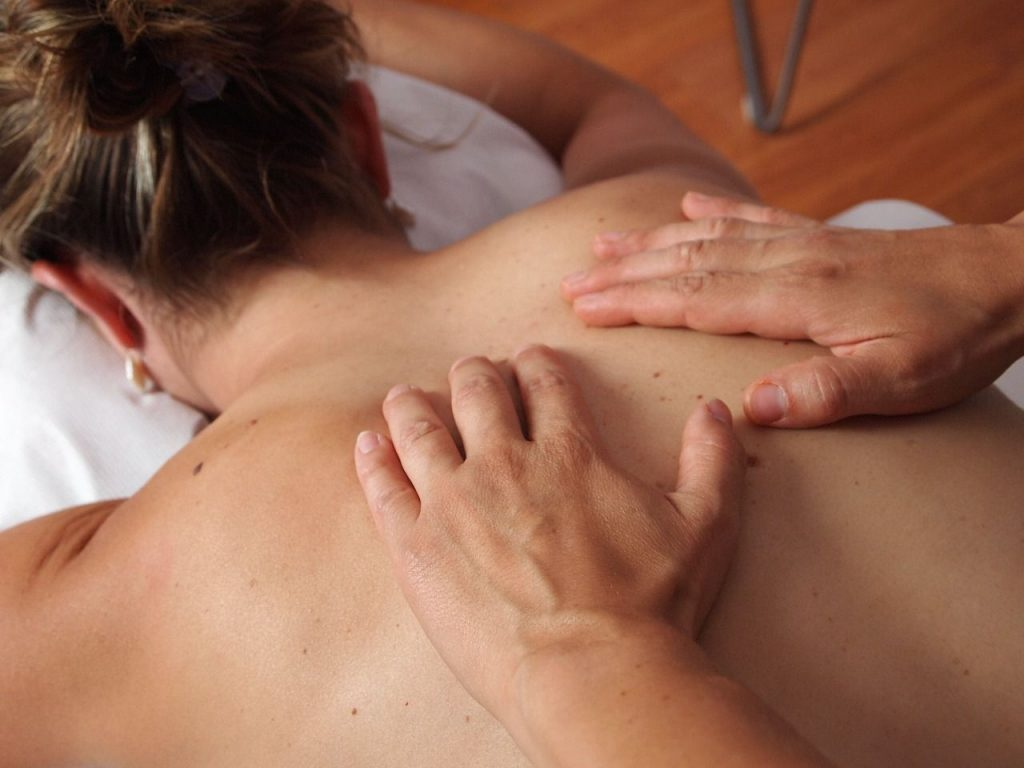 Physiotherapy Back Massage